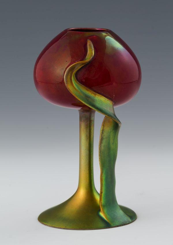 Kamionkowy kielich w kształcie tulipana, Zsolnay