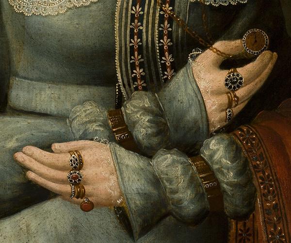 portret z pierścionkami - detal